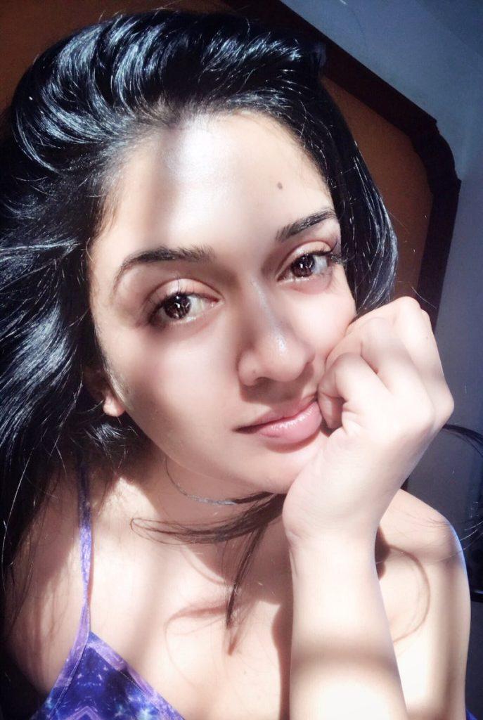 Vimala Raman Bold Selfie Pics