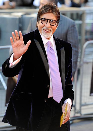 Amitabh Bachchan Hot Looking Wallpapers Images