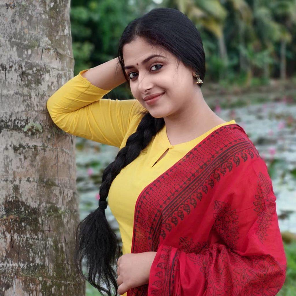 Anu Sithara Cute Pics