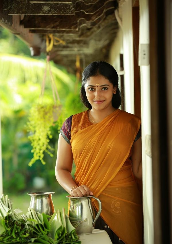 Anu Sithara HD Wallpapers