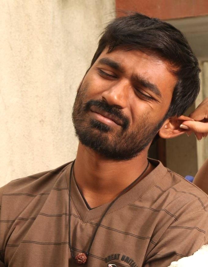 Dhanush Movie Look Pics