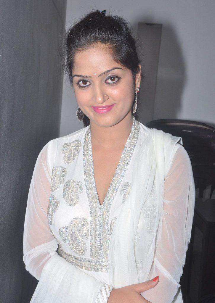 Divya Singh Cute Images