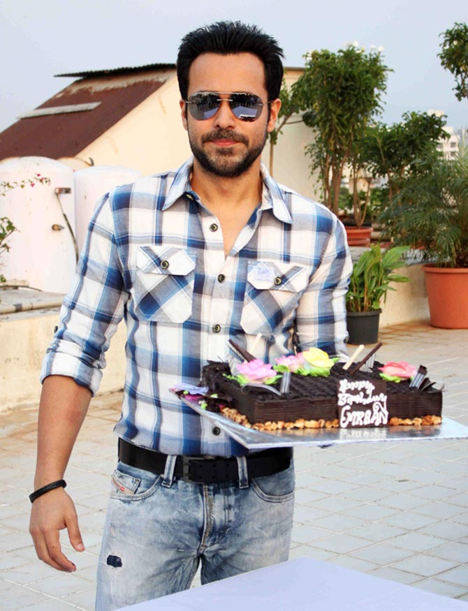 Emraan Hashmi With Cake Pictures