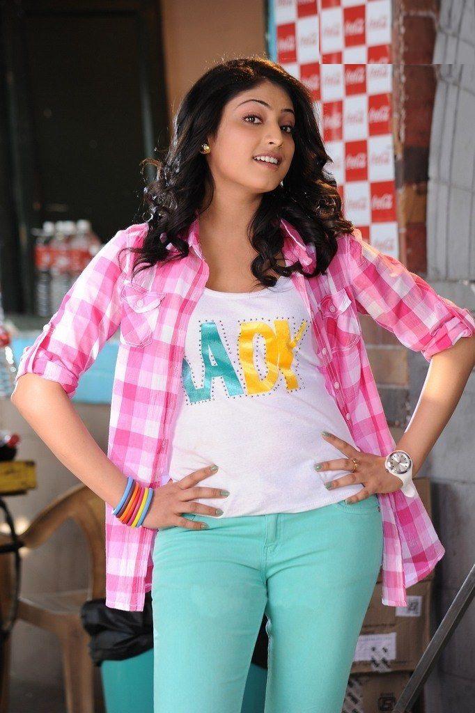 Haripriya In Jeans Top Photos