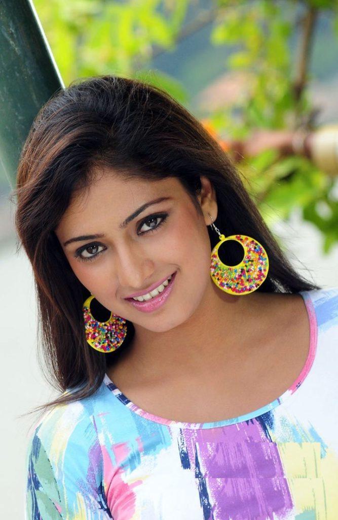 Haripriya New Hair Style Photos