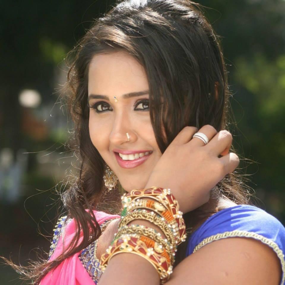 Kajal Raghwani Cute Smile Images