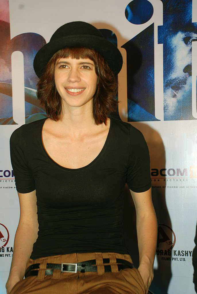 Kalki Koechlin Hot In Jeans Top Images