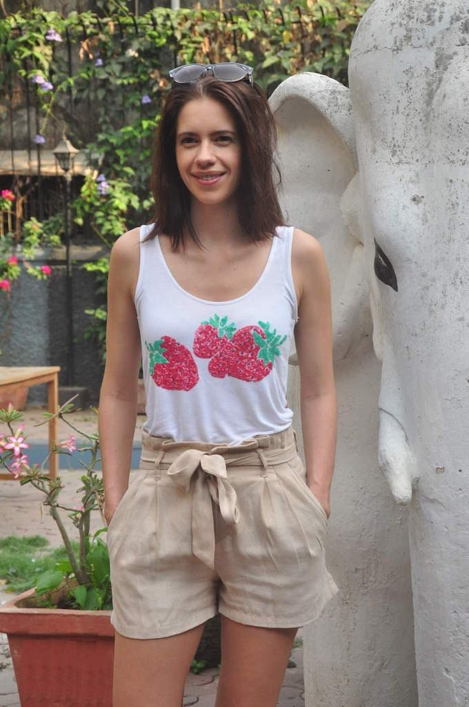 Kalki Koechlin In Shorts Pics