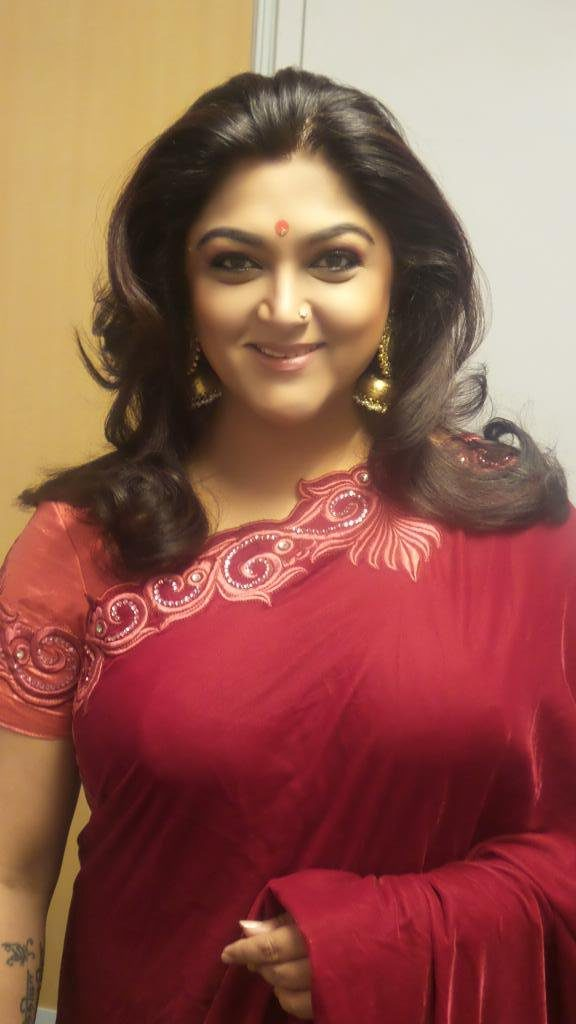 Kushboo HD Sexy Pics In Red Saree