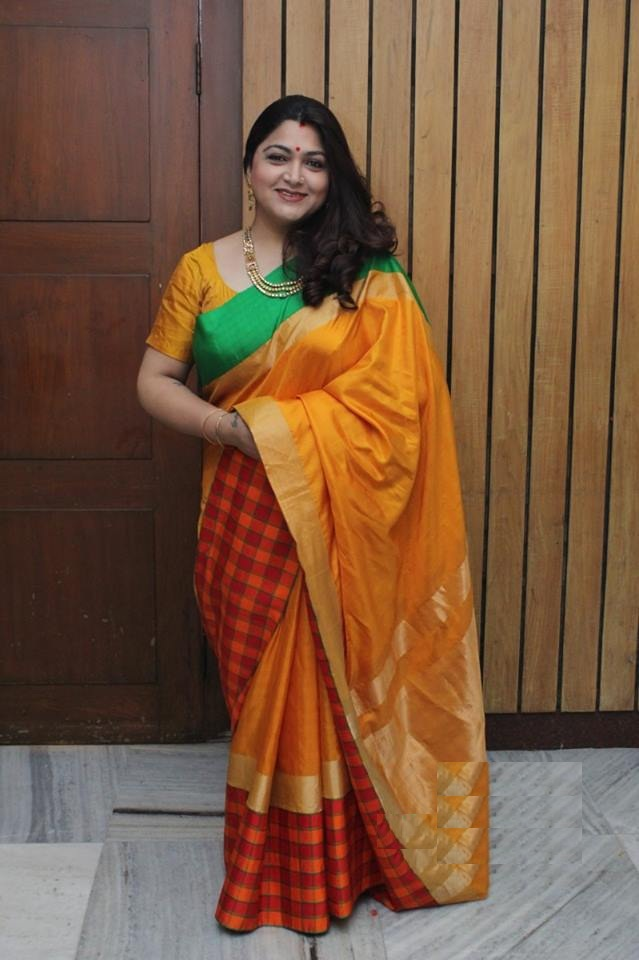 Kushboo In Saree Photos