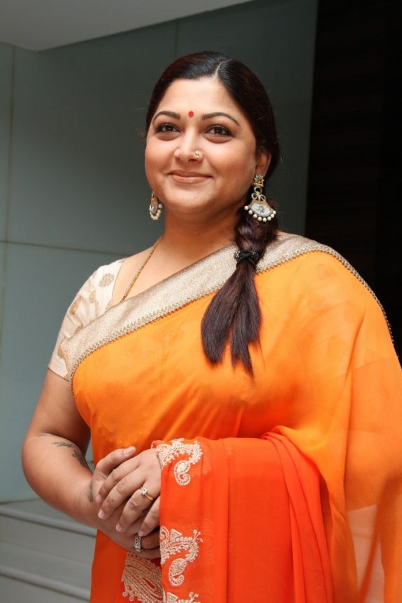 Kushboo In Shorts Pics