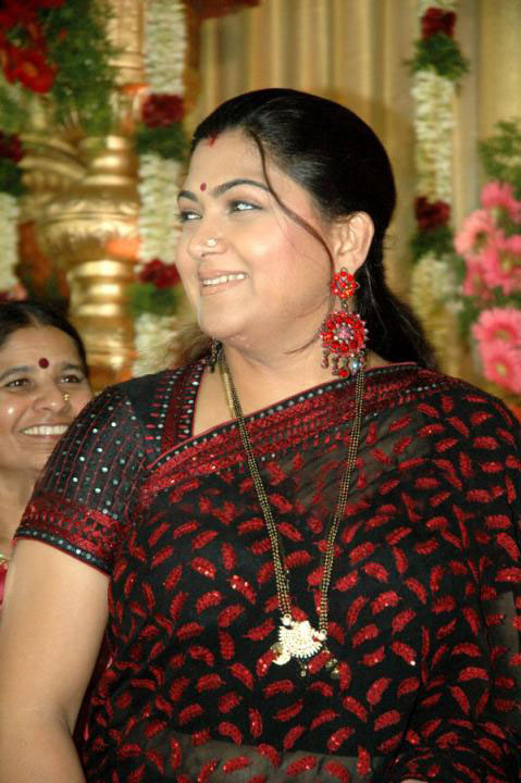 Kushboo Sexy Wallpapers