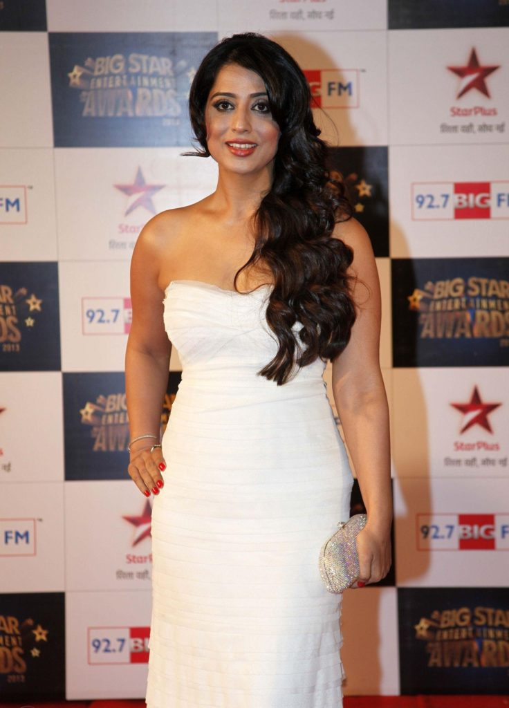 Mahi Gill Hot Images At Awards Show