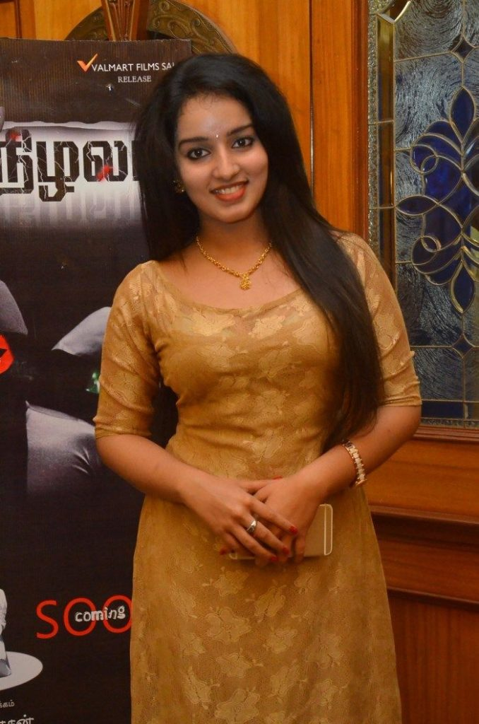 Malavika Menon HD Sexy Wallpapers