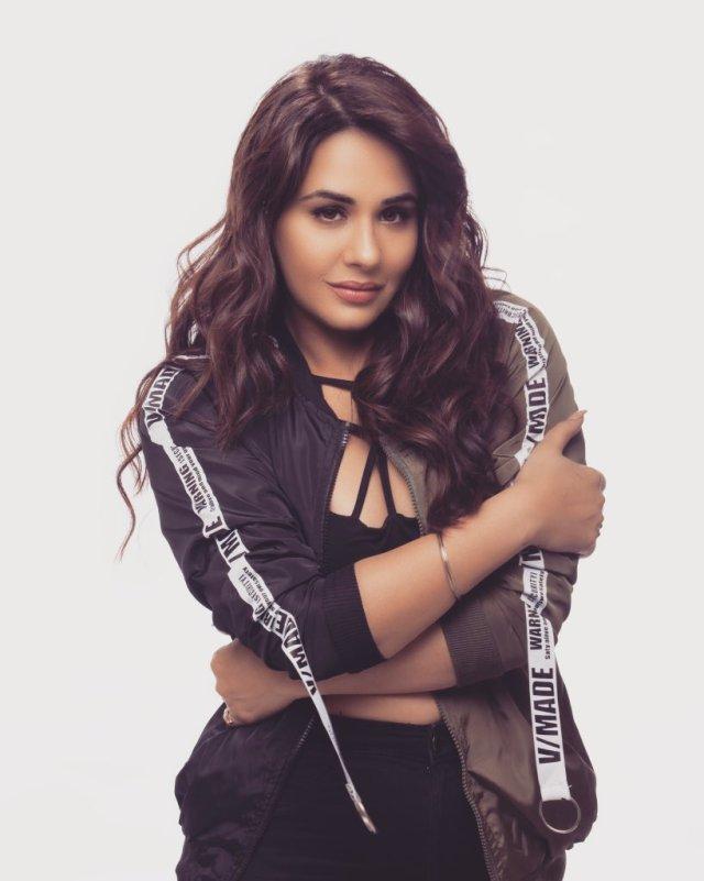 Mandy Takhar Images