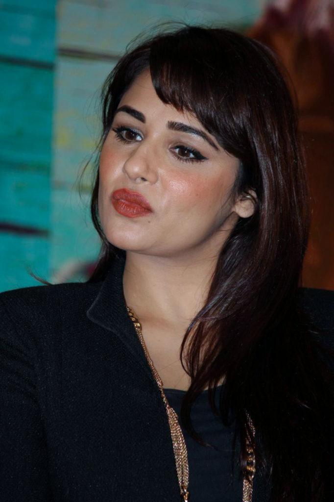 Mandy Takhar Sexy Lips Photos