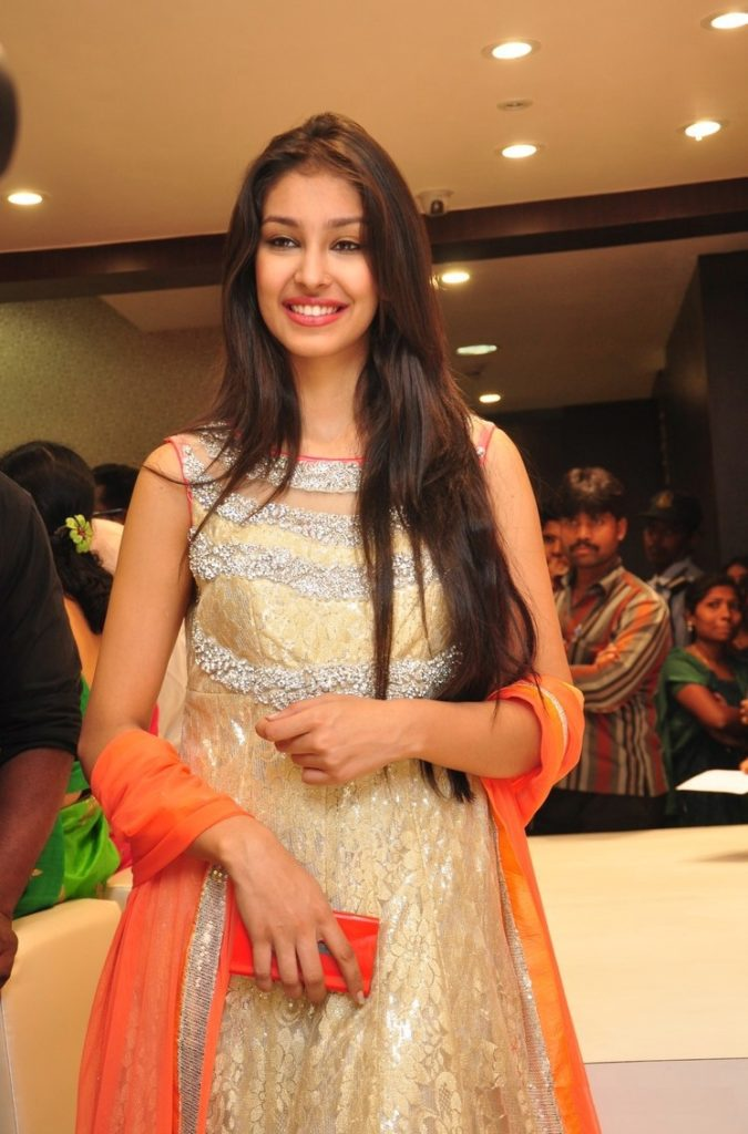 Navneet Kaur Dhillon Images At Event