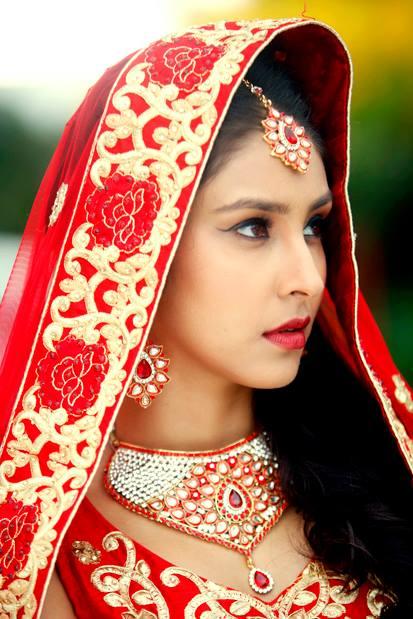 Navneet Kaur Dhillon In Punjabi Suit Pictures