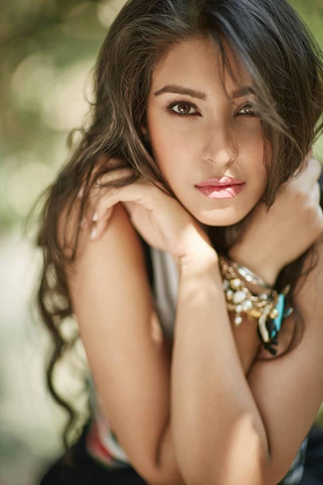 Navneet Kaur Dhillon Sexy Photoshoot