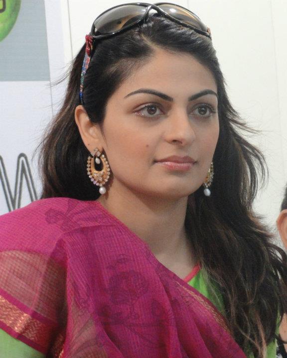 Neeru Bajwa New Images