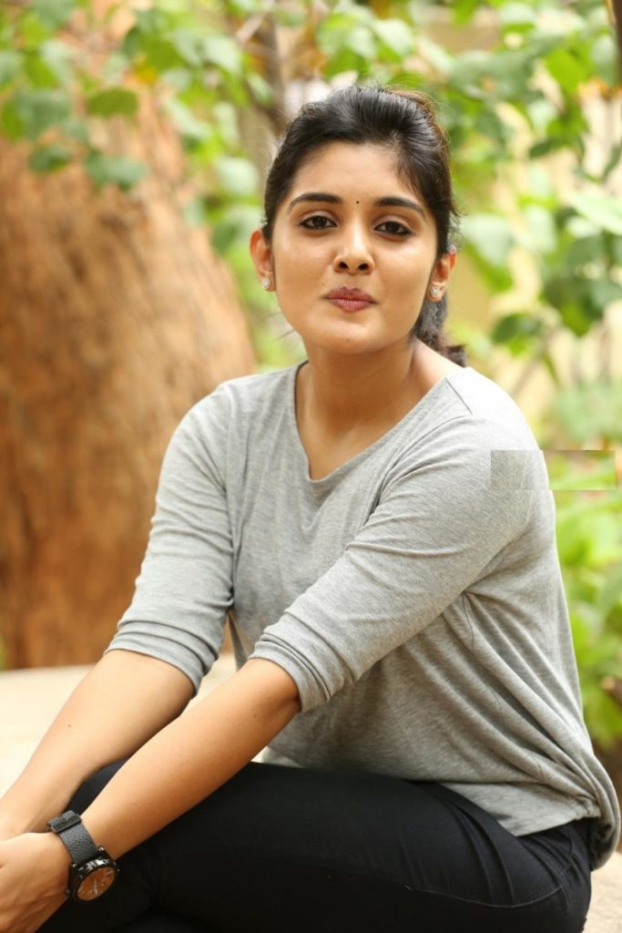 Niveda Thomas In Jeans Top Pictures