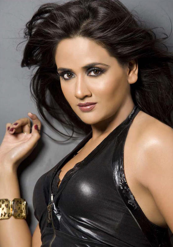 Parul Yadav Hot Photoshooot Gallery