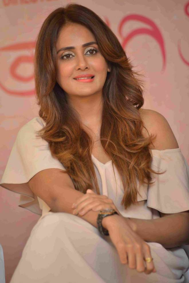 Parul Yadav Pictures