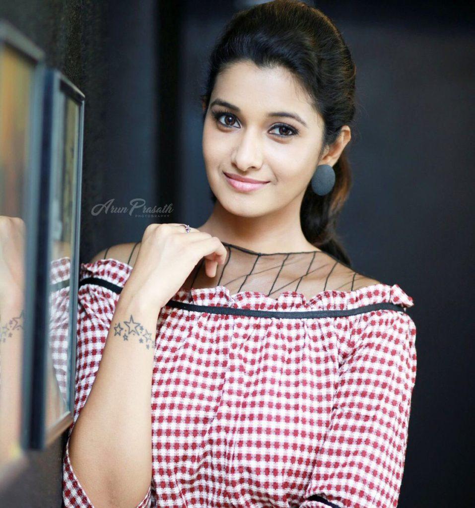 Priya Bhavani Shankar Cute Pics