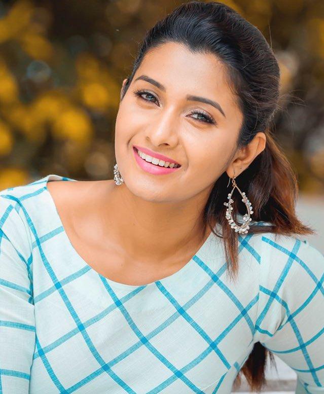Priya Bhavani Shankar HD Pics At Event