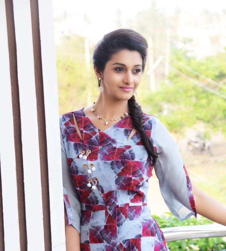 Priya Bhavani Shankar Hot Navel Photos Marriage Images