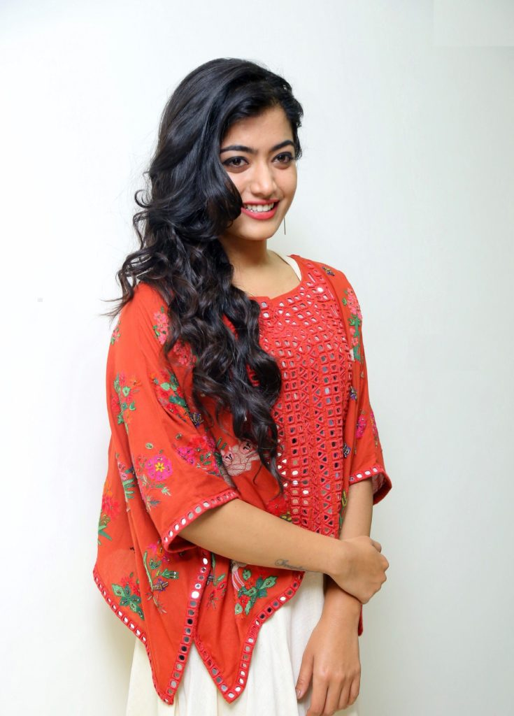 Rashmika Mandanna Cute Wallpapers