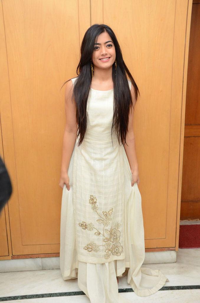 Rashmika Mandanna Full HD Wallpapers In Gown