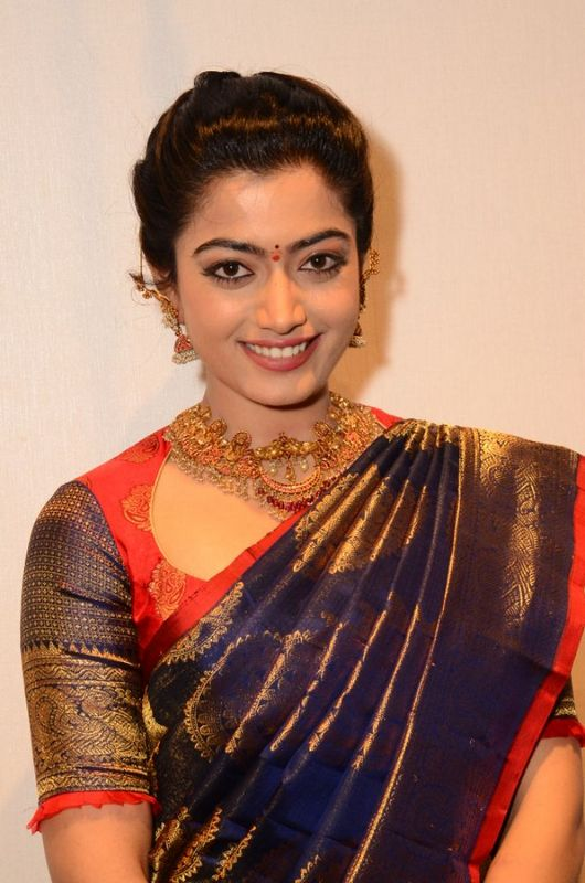 Rashmika Mandanna In Saree Photos Downoad