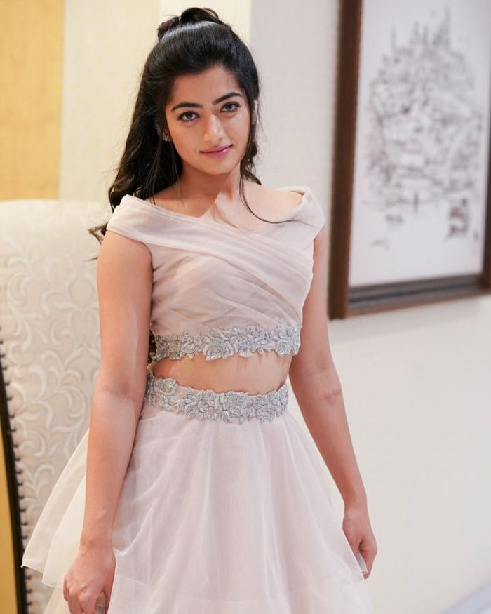 Rashmika Mandanna Navel Photos Download
