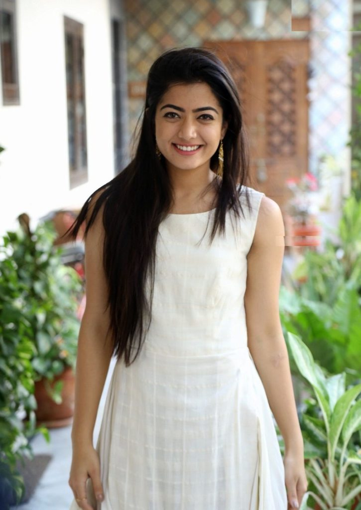 Rashmika Mandanna New Full HD Pics