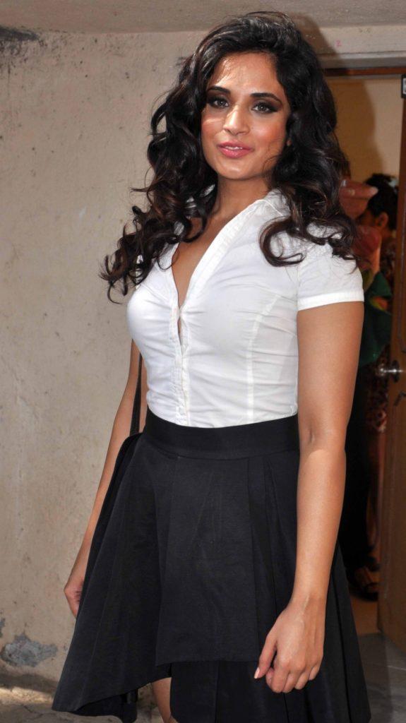 Richa Chadda Cute Images