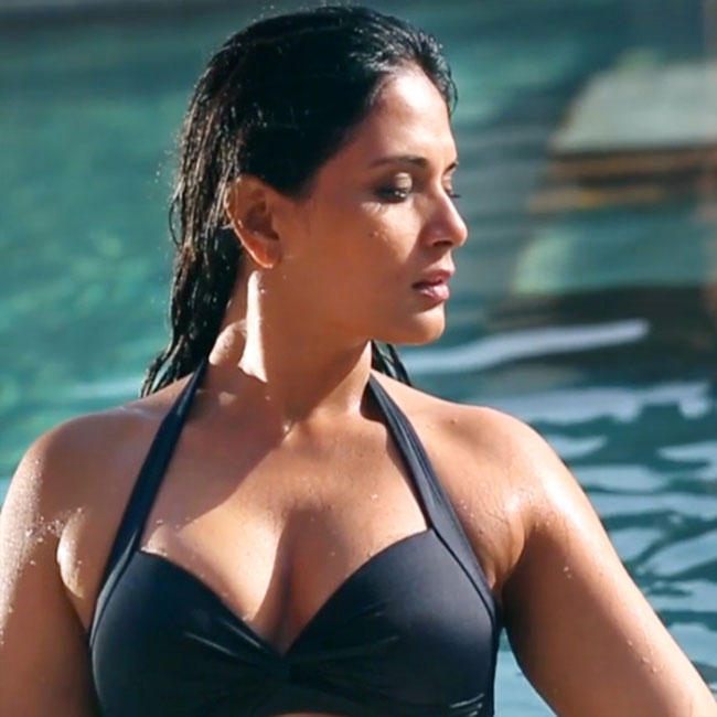 Richa Chadda Hot Pictures In Bra