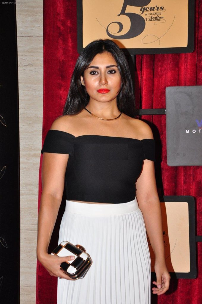 Rimi Sen Hot Pics At Awards Show