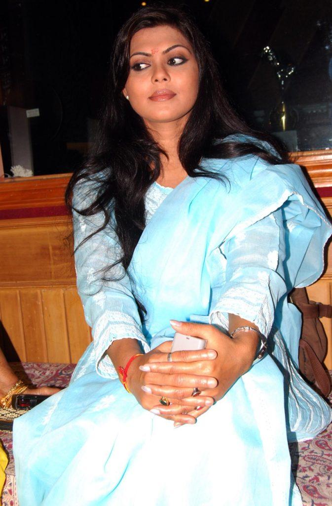 Rinku Ghosh At Award Show Photos