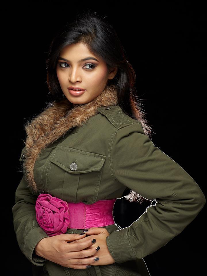 Sanchita Shetty Hot Images At Rampwalk