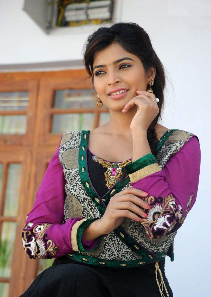 Sanchita Shetty In Salwar Kameez Photos