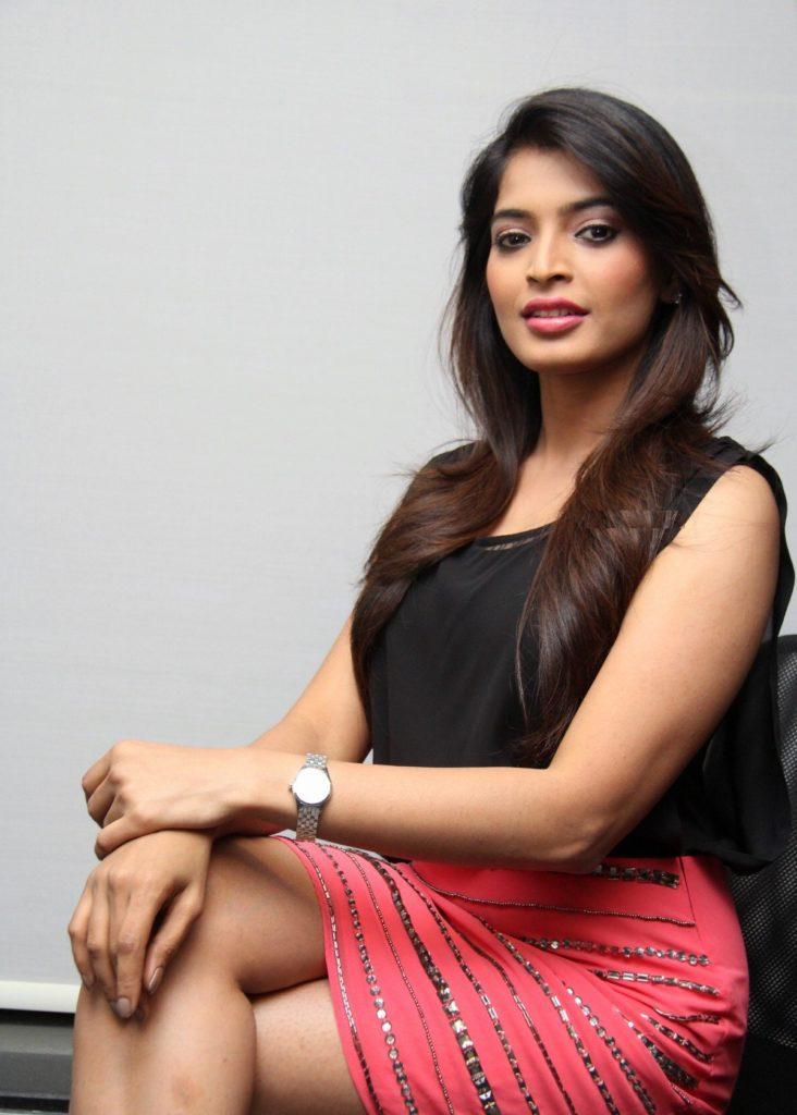 Sanchita Shetty New Hair Style Photos Galley