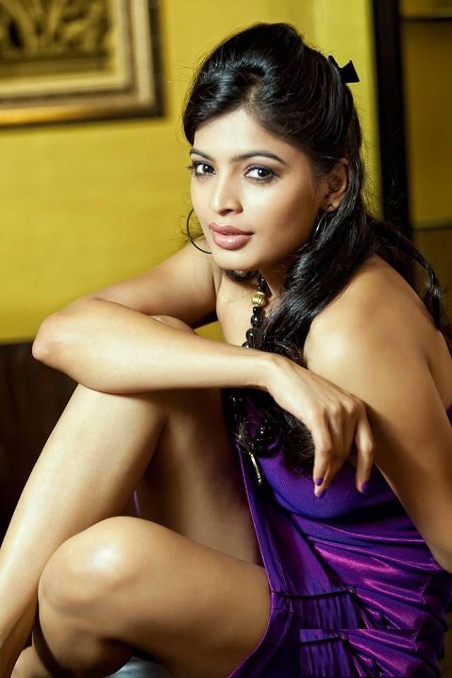 Sanchita Shetty Sexy Legs Pics Photoshoot