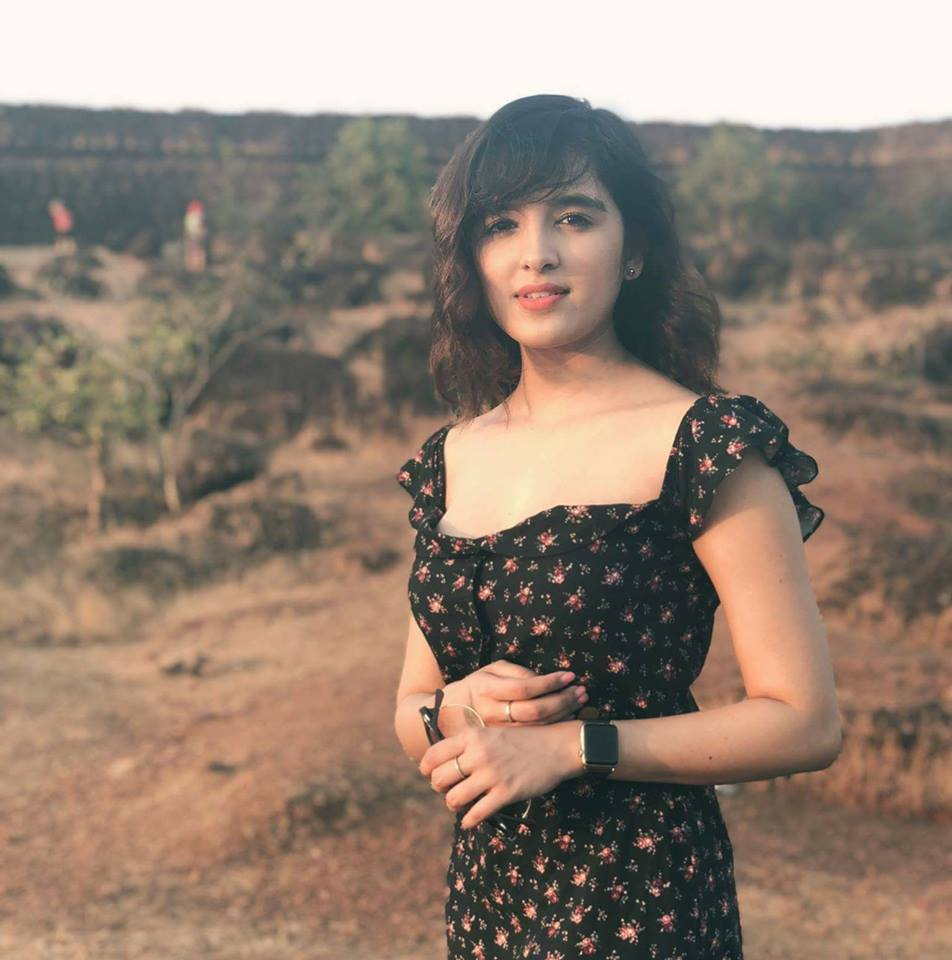 Shirley Setia HD Images
