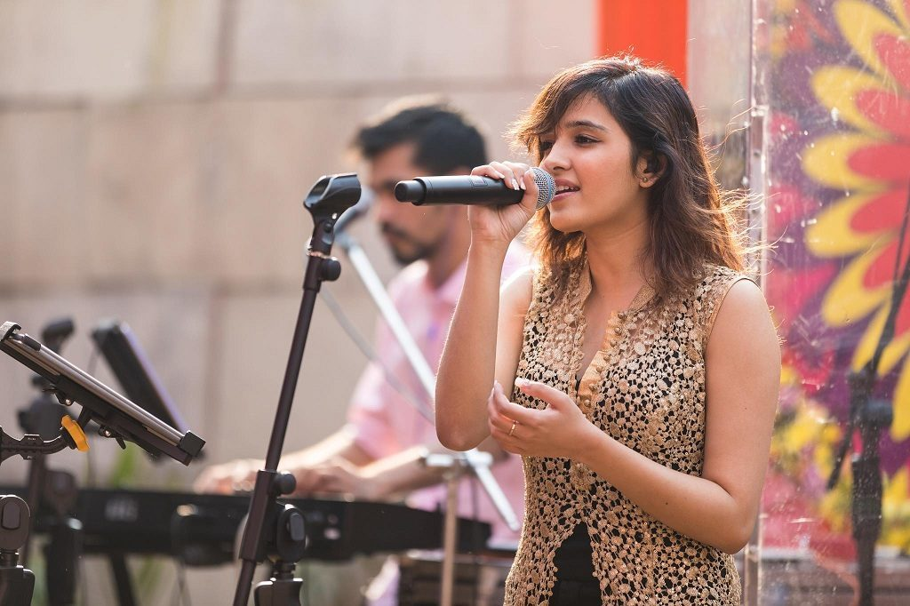 Shirley Setia Hot Unseen Pics Gallery