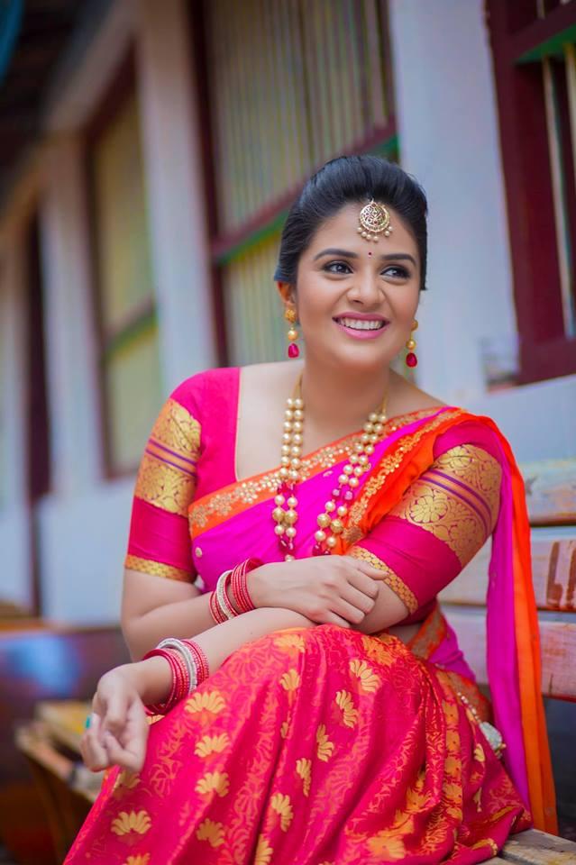 Sreemukhi Images