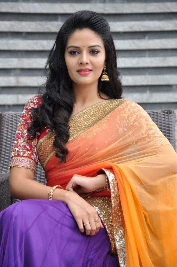 Sreemukhi In Saree Bold Photos