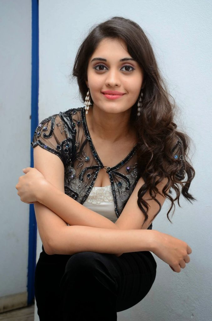 Surabhi Hot HD Sexy Pics