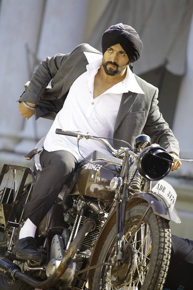 Yash HD Pics With Bullet