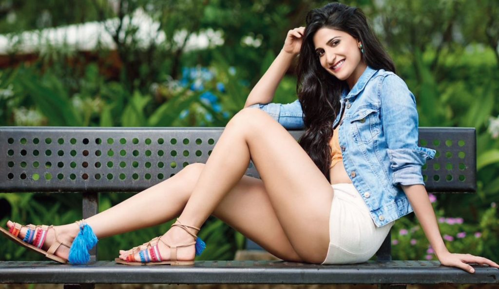 Aahana Kumra In Shorts Sexy Legs Photos